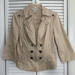 White/black house market jacket size 8